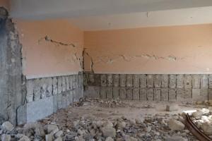 イラク・ニナワ県にある壊れた校舎を補修します!4