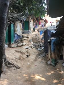 ミャンマー避難民 水浴び 6